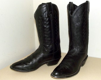 Vintage Black on black leather cowboy boots size 8.5 or cowgirl size 10