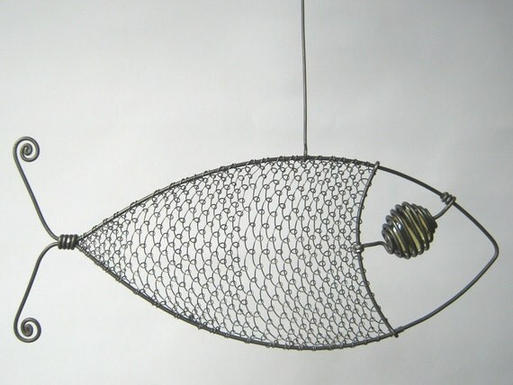 Wire sculpture yellow eyed wire fish for Fish wire walmart