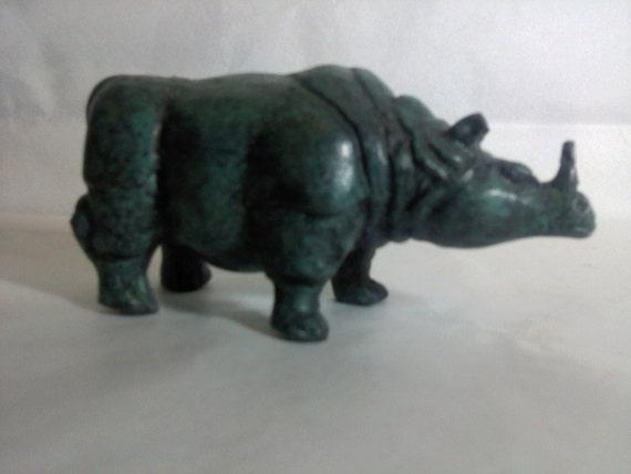 FREE SHIPPING Rhinoceros