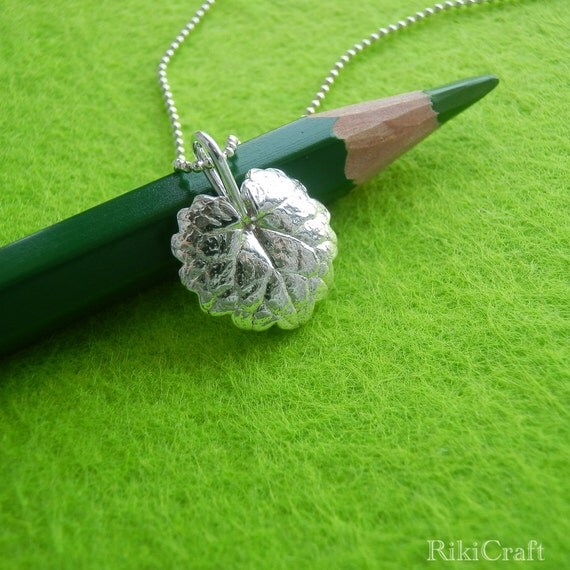 Ground-ivy Leaf - Pure Silver Pendant