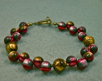 Vintage Japanese Moonglow Picasso Lucite Pink Blue Red Gold Bead Bracelet ,Gold Toggle Clasp - FREE GIFT WRAPPED jewelry