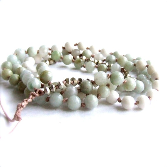 Mint White Beadwork Strand Necklace Hand Knotted Quartz Light Green Imperial Jade Stone Long Layering Bohemian Fashion Jewellery