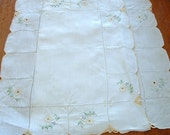 2 Linen Embroidered Floral Placemats / Napkins