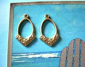 Pair Quality Vintage Brass Drops Charms Pendant with Loop