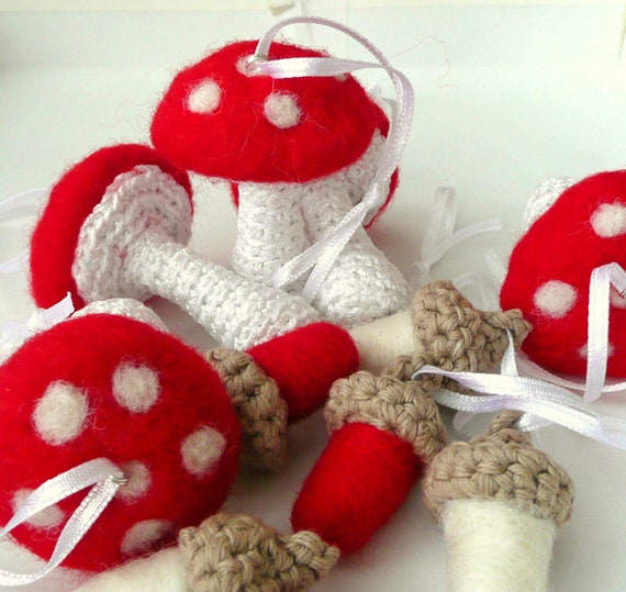 Woodland mushrooms Alice in Wonderland decoration ornament toadstool keychain crochet and needle felted Waldorf toy gift winter Weddings
