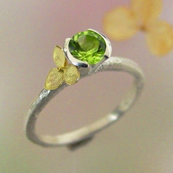 Hydrangea Stacking Ring, Green Peridot Gemstone, Sterling Silver, 18k Gold, Flower Ring, August Birthstone, Botanical Jewelry, Made to Order