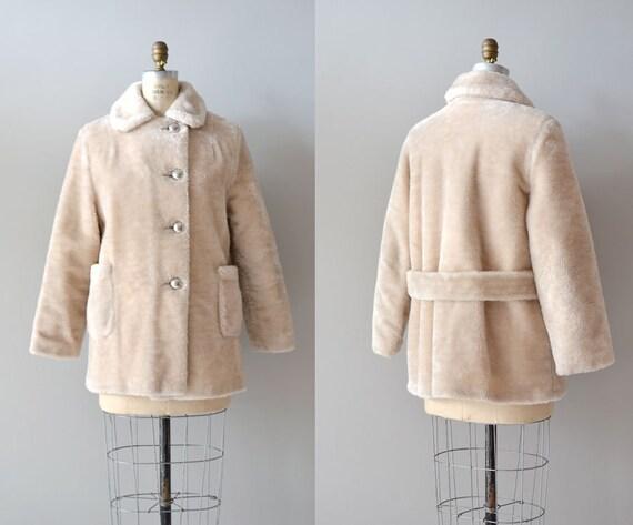 1970s coat / faux fur coat / white coat / Marshmallow coat