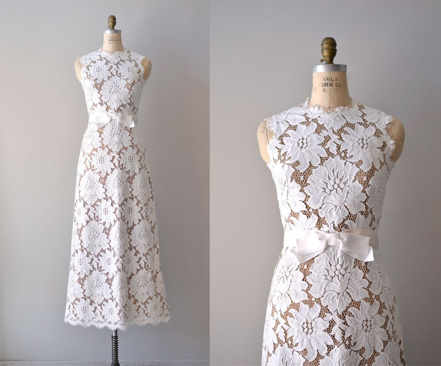 Vintage Lace Wedding Dress 1960s Wedding Gown Loves