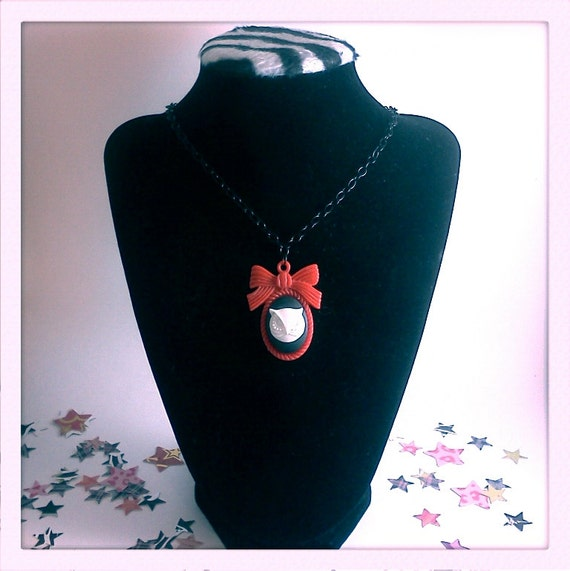 RESERVED FOR ABRA Red and Black Owl Cameo Pendant Necklace