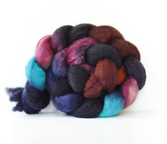 BFL Superwash Roving-Amethyst Geode 4 oz-Handpainted Top/Roving for Spinning or Crafting