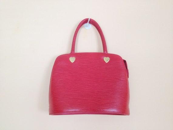 Vintage Red Structured Handbag with Gold Heart Accents. Small Handbag. Handled Handbag. Purse. Vintage Pocketbook. 1980s.