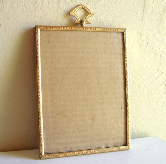 Vintage Gold Metal Picture Frame - Rare 6x8 Size