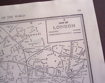 Old City Map, London England 1941 vintage street map, wall art