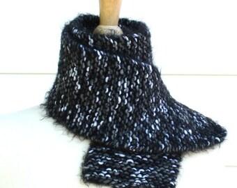 Black knit scarf - women's scarf - Warm winter scarf - wool scarf - black and white - women's winter accessory - winter fashion