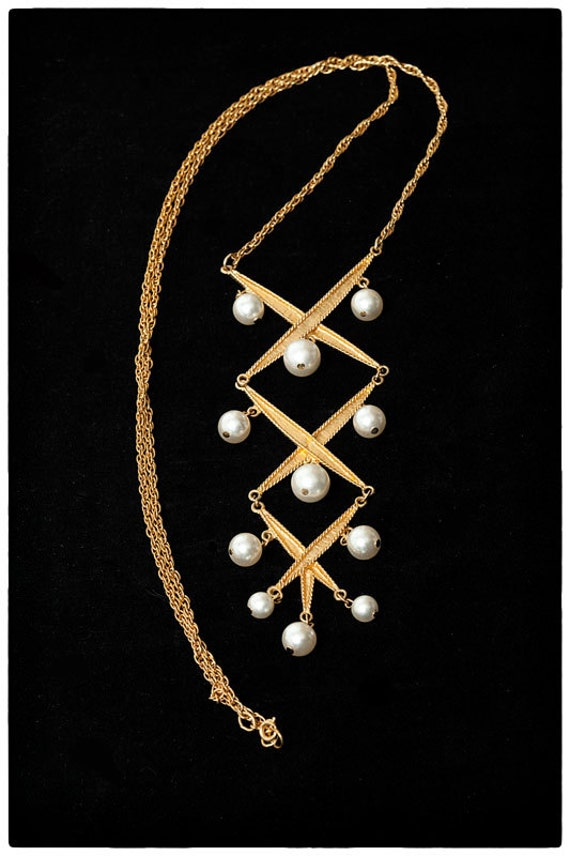 RESERVED Vintage Statement Necklace- Gold with pearl beads