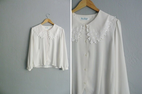 vintage '80s off-white long sleeve FEMININE blouse with oversized embroidered MIDDY COLLAR. size s m.
