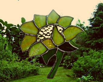 Sunflower Stained Glass Suncatcher Mothers Day Cottage Chic Yellow Flower Suncatchers Farm Garden Decor Pagan Yule Housewarming Birthday