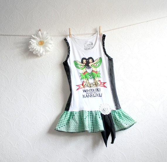 White Hawaiian Shirt Green Gingham Bohemian Top Retro Clothing Eco Fashion Tank T-Shirt Upcycled Clothes Small 'KANKUKU'