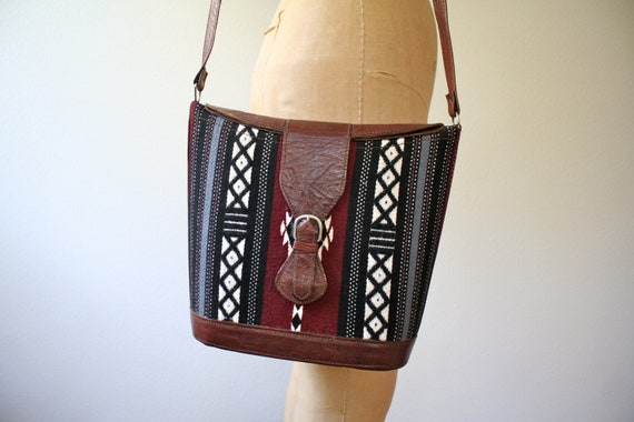 vintage woven purse : Brown Leather