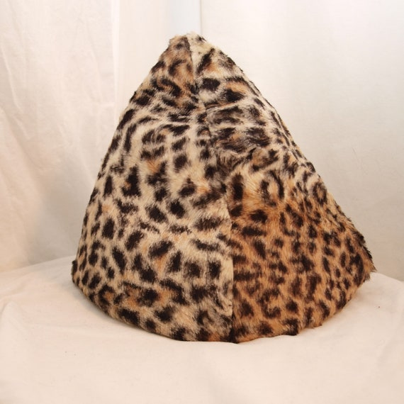 Vintage Hat - Pointy Cheetah Beehive Hat from the 60s by Capadors