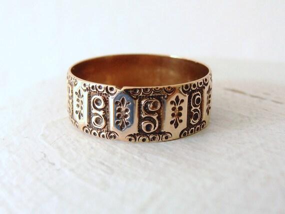 Vintage Victorian 14k Gold Cigar Wedding Ring