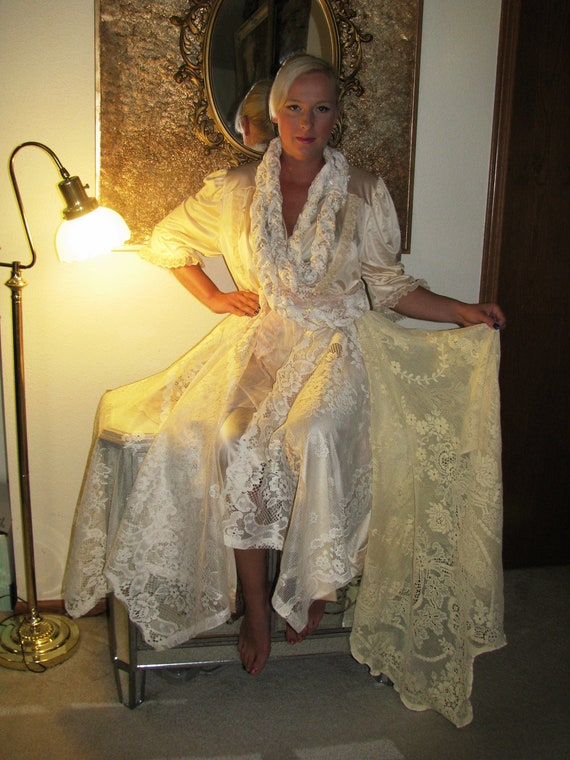 Half Price was 100 now 50 Vanilla Lace Romantic Renaissance  Dress by veronikaswan ON ETSY L Size