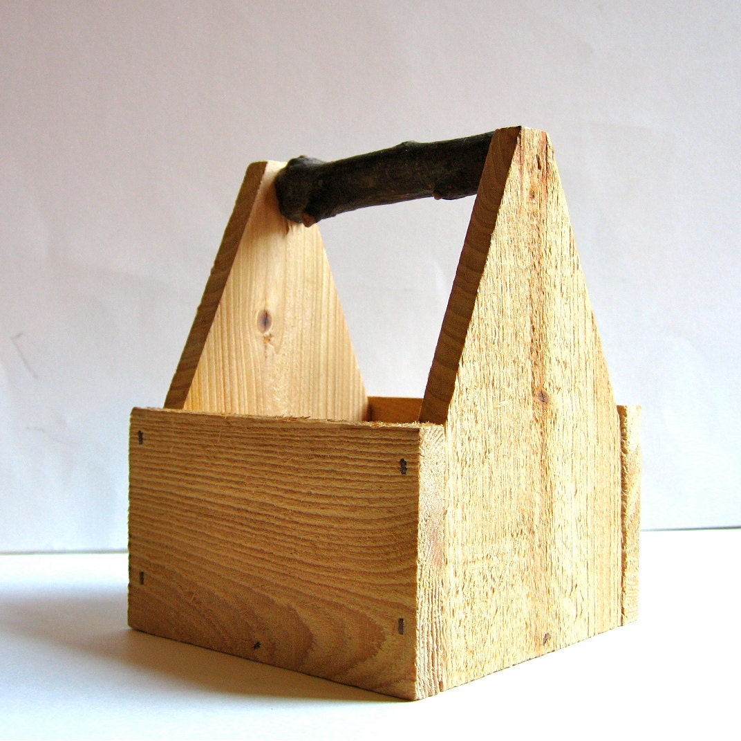 Small rustic wood box with branch handle - Small rustic wooden boxes ...