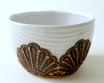 Handmade Moroccan Lace Soup or Cereal Bowl in White