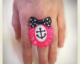 Old School Pin Up -Style pink Anchor ring