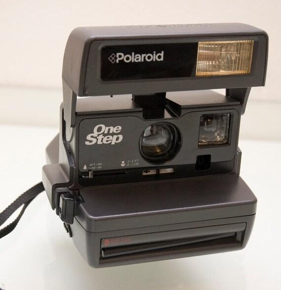 Polaroid One Step Instant Camera 600 Works
