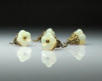 Flower Charms -Bead Dangles -Glass Flower Beads - Cream Opal - Set of Four - BR44