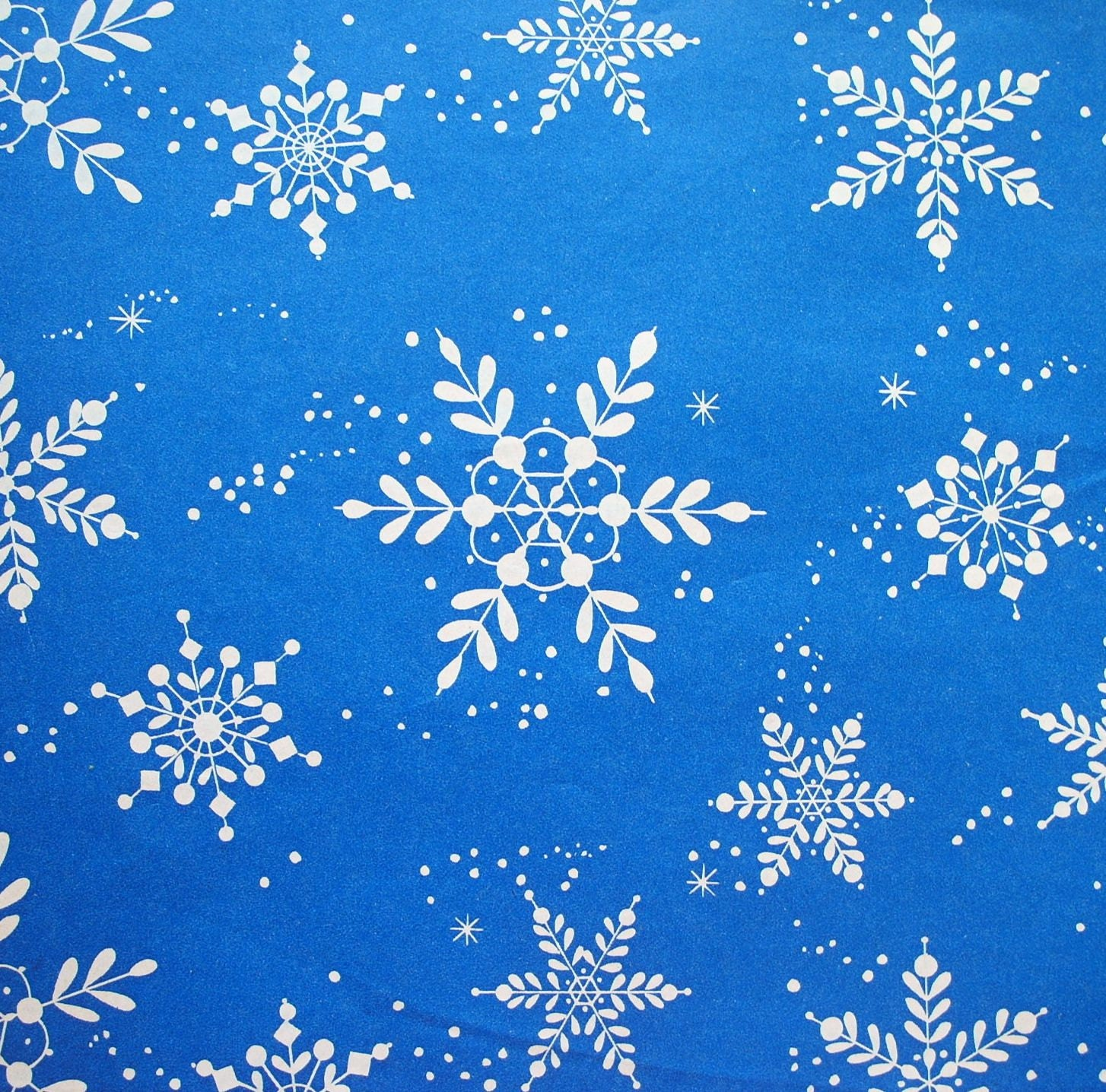 vintage white snowflakes on blue christmas wrapping paper full. Black Bedroom Furniture Sets. Home Design Ideas