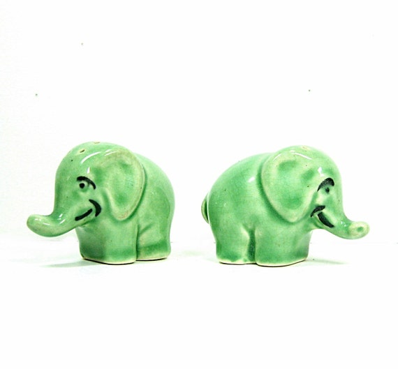 Elephant Salt and Pepper Shakers Green 1950s Vintage Green