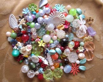 200 plus vintage beads, flowers, cabochon,Lucite,plastic, clear facet