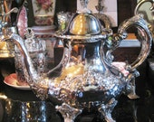 TOWLE SILVER TEAPOT Vintage Ornate Hinged Lid Swan Spout