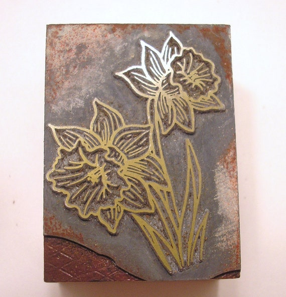 Vintage Letterpress Printer's Block Daffodil Flowers