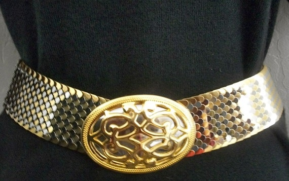 Vintage Belt By Daylor Gold & Silver Tone Metal Stretch 1980s Oval Buckle