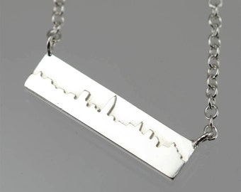 "New York Skyline Necklace in Sterling Silver (16"")"