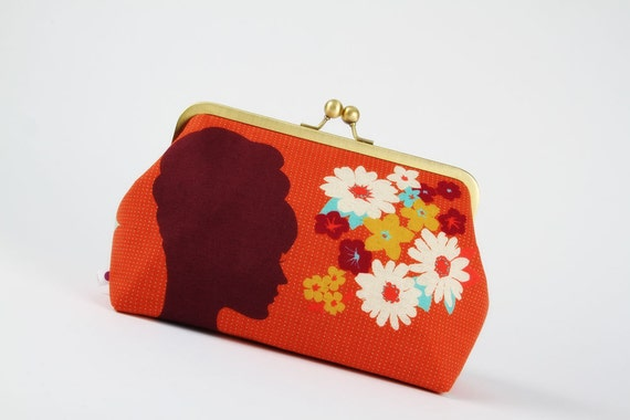 Cosmetic pouch - Girl's silhouette in red - metal frame pouch
