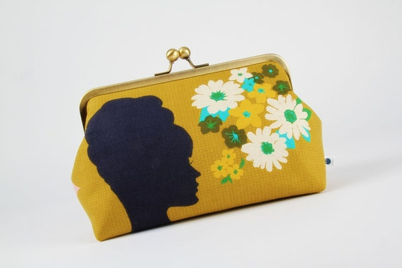 Cosmetic pouch - Starlet in absinthe  - metal frame clutch bag