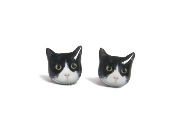 Cute Black and White Round Eyes Cat Kitten Stud Earrings - A025ER-C14  Made To Order