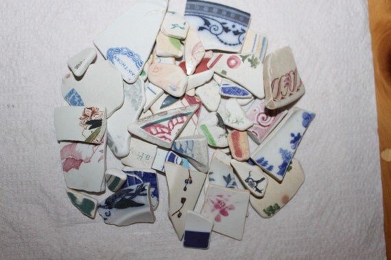 FANTASTIC BEACH GLASS Pottery Arts And Craft Collection 100 Pieces   zy393