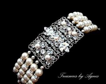 Bridal bracelet, Wedding pearl bracelet, Bridal cuff bracelet, Wedding jewelry Statement bracelet, Swarovski crystal bracelet, Vintage style
