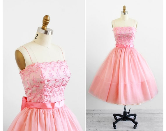 vintage 1950s dress / 50s dress / Pink Organza Prom Cupcake Dress with a Satin Sash