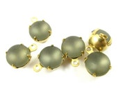 4 - Vintage Glass Round Stones in 1 RIng Closed Back Brass Prong Setting - Frosted Grey - 8mm