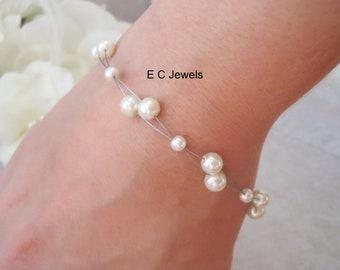 Floating Pearls Bracelet