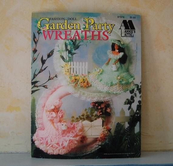Annie's Attic Garden Party Wreaths fashion doll crochet pattern