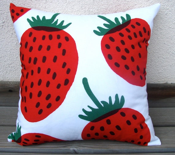 """Mansikka, Strawberry Pillow Casing from Finland. 18x18"""""""