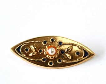 Elegant vintage Sterling Silver Gold Plated Brooch