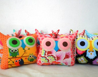 Thanksgiving Decor  /Wholesale +15%10 pillows /you choose colors & style/owl party favors/gift for children/ made to order/express shipping